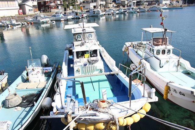 遊漁船 海龍 エサ釣り ジギング 釣舟 星賀港 船体