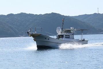 遊漁船 海龍 エサ釣り ジギング 釣具店 長久 星賀港 船釣り 船体