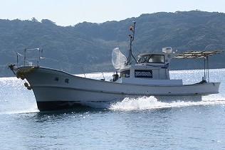 遊漁船 海龍 エサ釣り ジギング 釣舟 星賀港 日比水道 船体